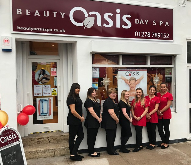 Burnham on Sea Salon Opens